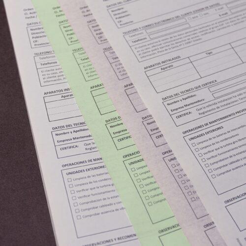 Talonario autocopiativo en varios colores para albarán de tabajo